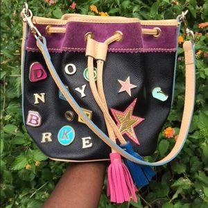 Vintage Dooney&Bourke Charm bucket bag 💜💛💙🧡